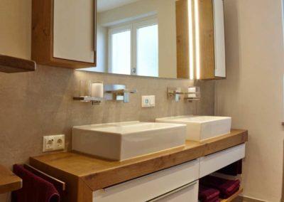 Badschrank Doppelaufsatzbecken