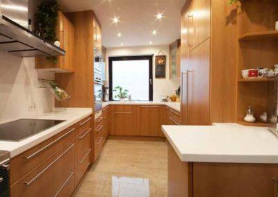 Küchenzeilen aus Elsbeere